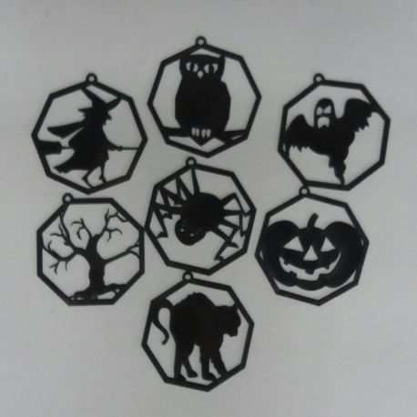 Halloween Decorations Set of 7 in black
